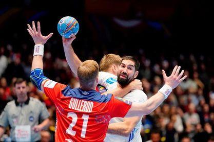 26-28. Francia se despide del campeonato