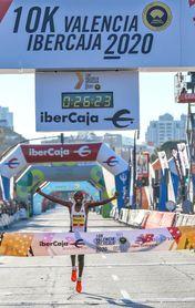 Kipruto bate el récord mundial de 10K con 26:24