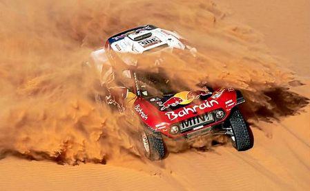 Peterhansel se lleva undécima etapa; Carlos Sainz, a un paso de ganar el Dakar