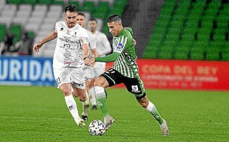 Tello, en el partido de Copa del Rey ante el Antoniano.