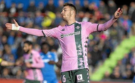Loren recuperó la titularidad, en detrimento de Borja Igleias.