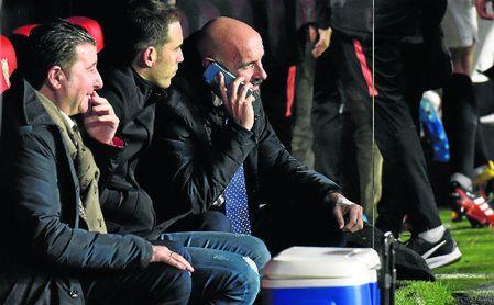Monchi, director deportivo del Sevilla FC, ante el Granada.