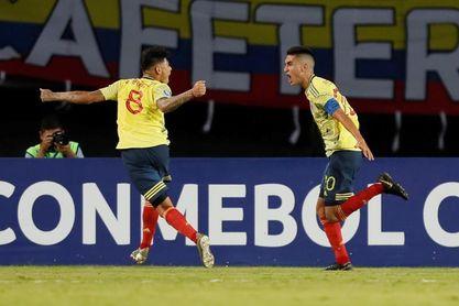2-1. Atuesta mantiene con vida a Colombia y elimina a una combativa Venezuela