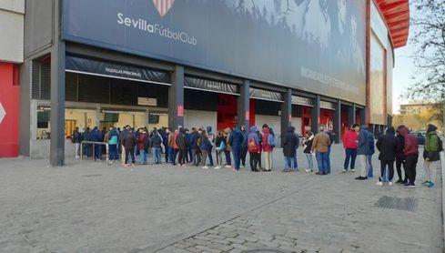 El Sevilla invitará a los socios que sacaron su entrada frente al Cluj.