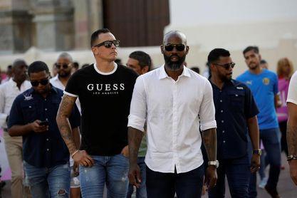Futbolistas marchan en Panamá en pro de una ley que proteja al deportista