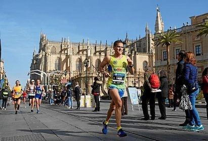 La próxima edición del Maratón de Sevilla tendrá lugar este domingo, 23 de febrero, por algunos de los puntos más emblemáticos de la capital hispalense.