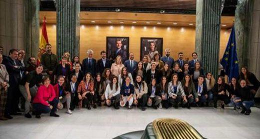 El primer Convenio Colectivo en la historia del fútbol femenino español fue presentado en el Congreso.