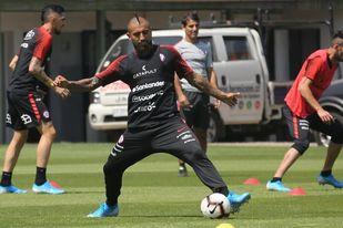 Vidal, Alexis, Pulgar, Medel... en duda por cuarentena obligatoria en Chile