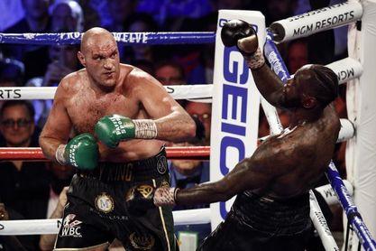 Posponen la tercera pelea entre Fury y Wilder