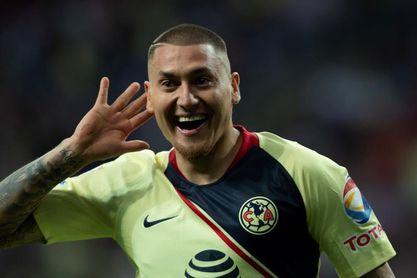 El chileno Nicolás Castillo se recupera de una trombosis en la pierna derecha