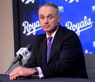 Manfred considera que en mayo podría iniciar la actividad en las Grandes Ligas