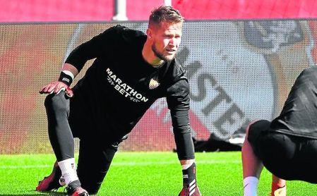 Tomas Vaclik reconoce que suele dar muchas vueltas a los fallos que puede cometer en un partido.