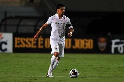 Renato ha disputado más de 450 encuentros con el Santos FC.
