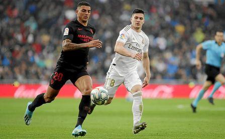 Diego Carlos, en el partido de Liga ante el Real Madrid.