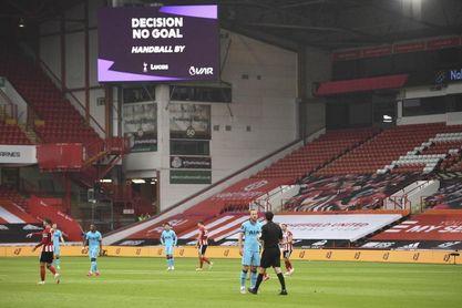 El Sheffield y el VAR dejan en evidencia a Mourinho