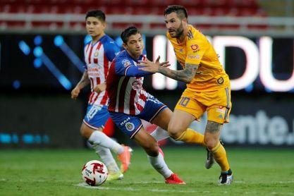 2-0. El francés Gignac anota dos goles y pone a los Tigres en el liderato