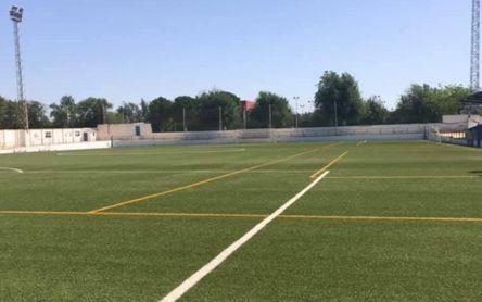Tirada al plato, fútbol, natación... el deporte se activa en Martín de la Jara