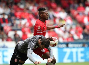 Ecuatoriano Estrada asegura que ser goleador en Toluca lo llevará a selección
