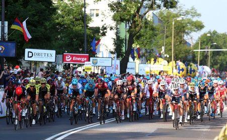 Pedersen gana en un limpio sprint la segunda etapa y se viste de líder