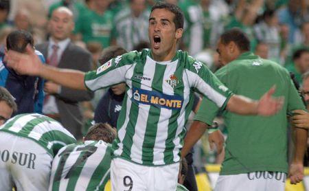 Fernando Fernández Escribano jugó 192 partidos con el Betis, club al que vuelve una década después como técnico.