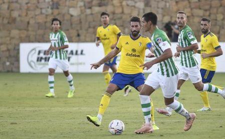 Farense, Granada y Almería, opciones para el resto de amistosos