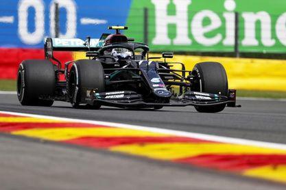 Bottas dominó el primer libre de Spa; Pérez fue cuarto y Sainz, octavo