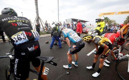 Movistar: todos al suelo menos Valverde, Mas y Cataldo; Rojas el más dañado