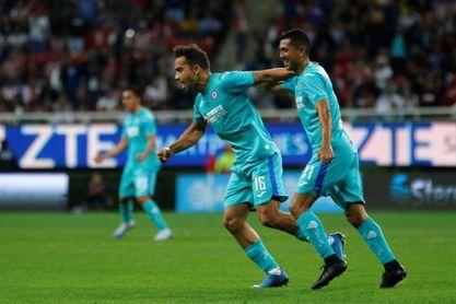 Adrián Aldrete elogia la capacidad de trabajo del uruguayo Jonathan Rodríguez