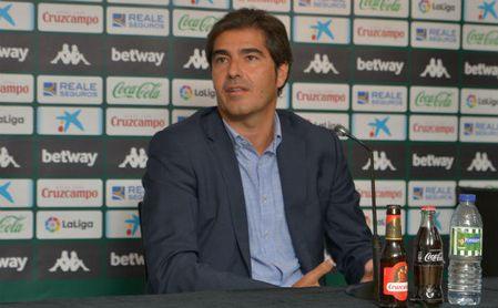 """Ángel Haro: """"No queremos hipotecar el futuro del Betis"""""""