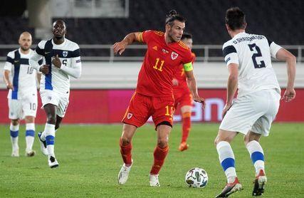 0-1. Bale aguanta el primer tiempo, Gales gana en el segundo
