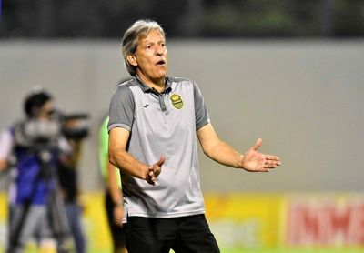 El San Carlos costarricense destituye al técnico colombiano Carlos Restrepo
