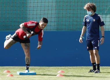 Chimy Ávila se retira lesionado del entrenamiento