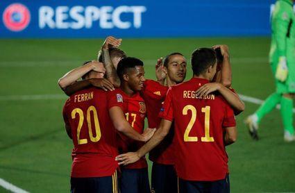 España y Ferrán Torres líderes en pases completados; Bélgica más goleadora