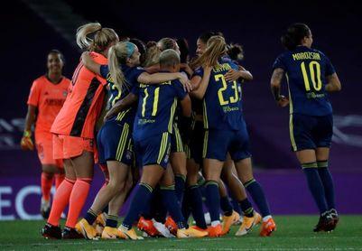 Las competiciones femeninas, juveniles y fútbol sala aplazadas a noviembre