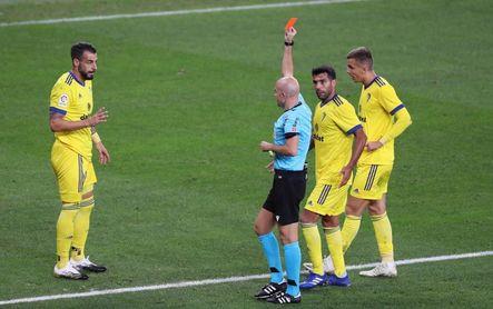 0-1. El 'Choco' Lozano y el Cádiz obran un milagro en San Mamés