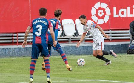 Jesús Navas, dos asistencias en dos partidos y el mejor para la afición