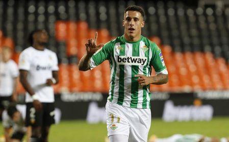 Valencia-Real Betis (0-2): Triunfo de peso en feudo hostil para desterrar las dudas