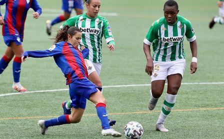 El Betis Féminas arranca con derrota en Eibar (1-0).