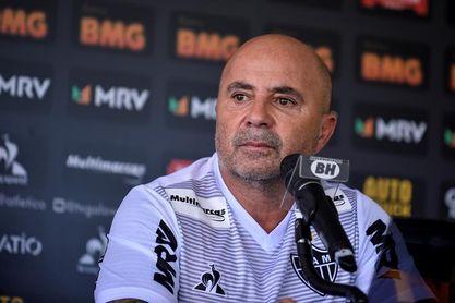 La Justicia condena a Santos a pagar 800.000 dólares a Sampaoli tras su salida