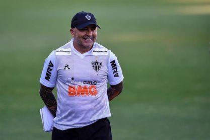 El Mineiro de Sampaoli golea y se aisla aún más como líder en Brasil