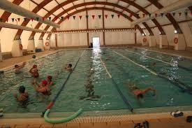El Viso del Alcor pone en marcha su piscina de invierno