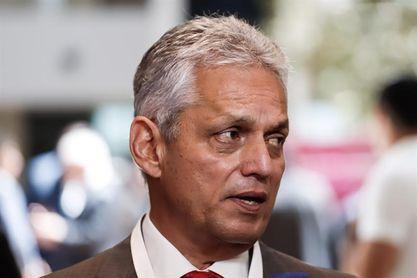 Rueda aplaude la entrega de Chile y Fuenzalida se molesta con el árbitro