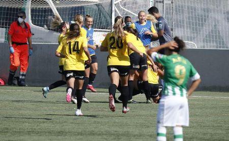El Santa Teresa castiga los errores defensivos del Betis Féminas (1-2)