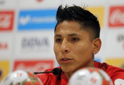 Ruidiaz y Valera dan positivo a COVID-19, poco antes del partido Perú-Brasil