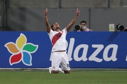 Carrillo y Zambrano, cara y cruz de Perú en el inicio de las eliminatorias