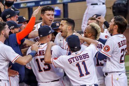 4-3. Correa pega cuadrangular ganador y los Astros fuerzan el Sexto Partido