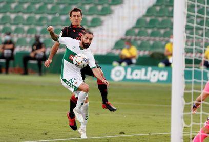 Cifu y Josema, baja en el Elche para el partido ante el Deportivo Alavés