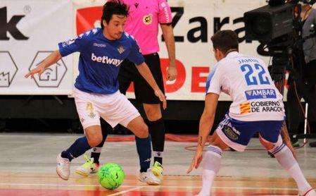 El Betis Futsal jugó este sábado de azul en Zaragoza.