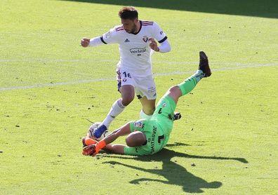0-0. Máxima igualdad entre Eibar y Osasuna que empataron sin goles