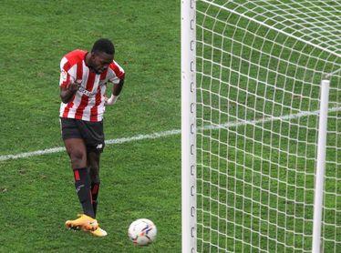 2-0. Berenguer y Williams reflotan al Athletic en un gran partido